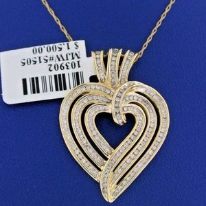 Jewelry - 1 carat 14k yellow gold diamond heart necklace
